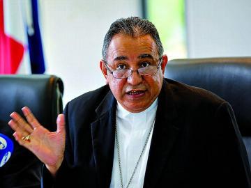 Iglesia católica pide a la población estar atentos con los estafadores