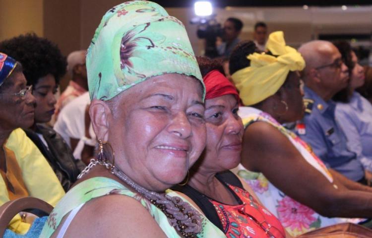 A las mujeres afro les cuesta llegar a puestos destacados