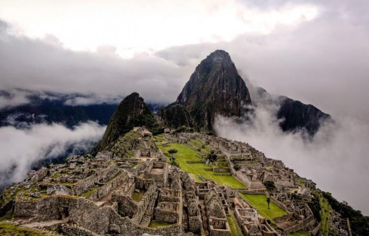 Perú refuerza la vigilancia en su frontera