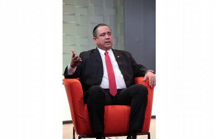 'Me comprometía a cambiar el Reglamento Interno y lo voy hacer' Marcos Castillero