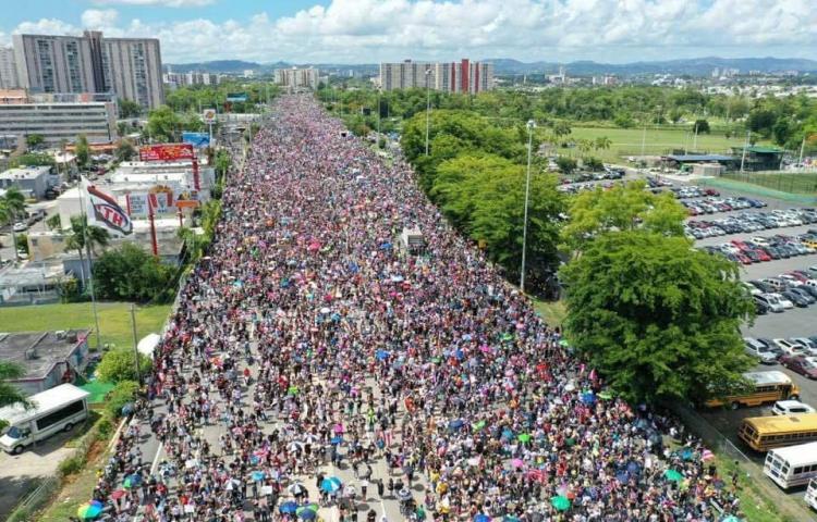 Comienza marcha para pedir la renuncia de gobernador de P.Rico ante escándalo