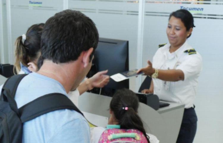 Permiso para salida de menores de Panamá debe realizarse vía digital