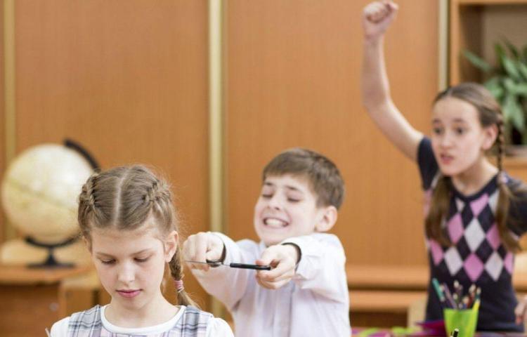 Mejora el mal comportamiento de tus hijos en la escuela