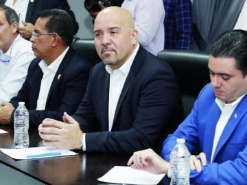 Ministro de Seguridad: 'no hay complot contra la procuradora'