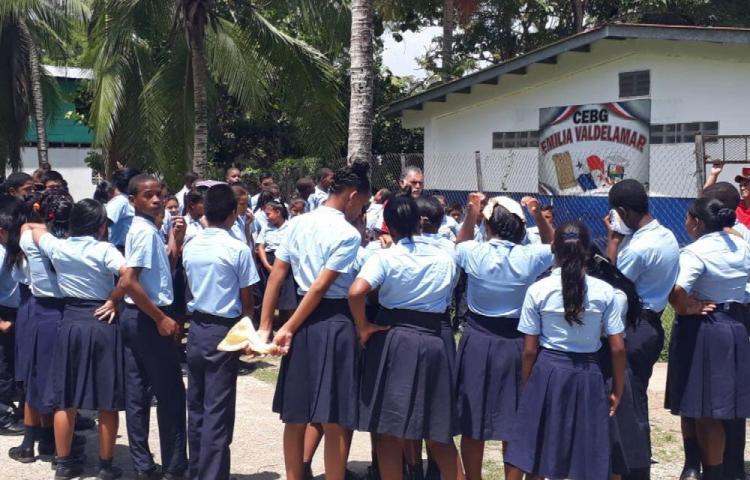 Estudiantes listos por terremotos