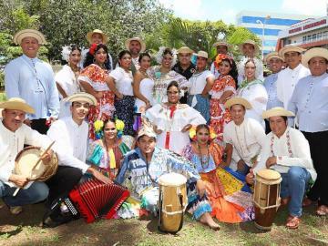 Los Compadres en circuito de festivales internacionales