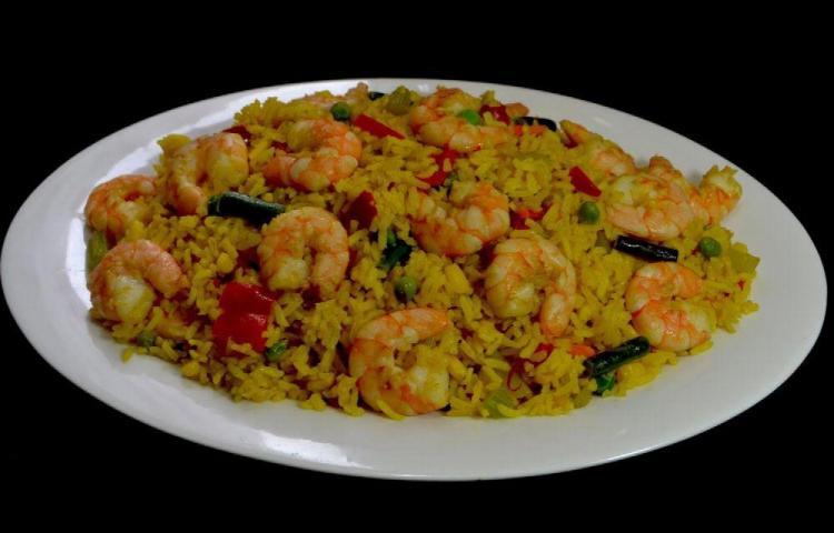 Prepara un rico arroz con camarones