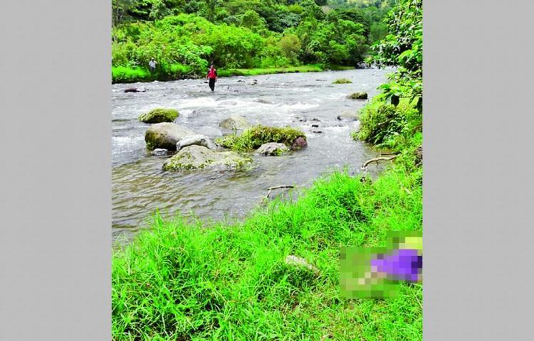 Encuentran mujer flotando en un río de Bocas del Toro