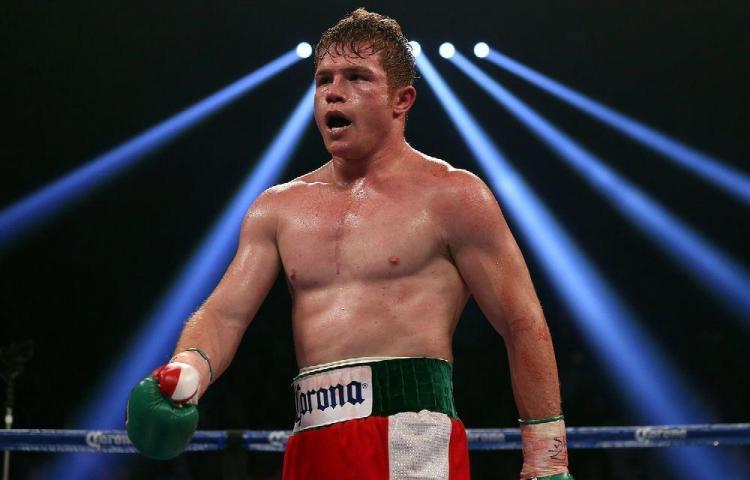 Despojan a 'Canelo' Álvarez del título mundial peso medio de la FIB