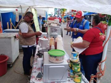 Vendedores de alimentos en Santiago están bajo la lupa