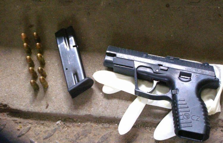 Tirador mata a cinco en local de chinguia