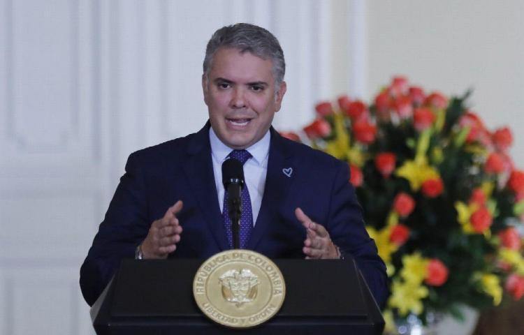 Duque, sobre Maduro 'Perro que ladra no muerde'