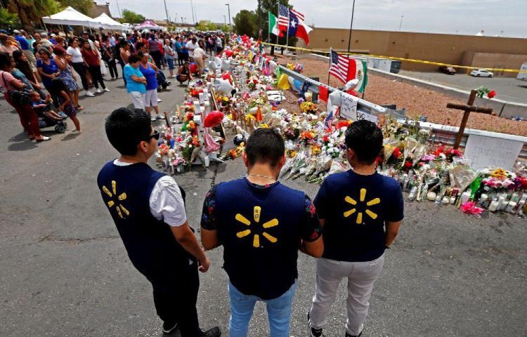 El objetivo del autor de la masacre de El Paso era matar 'mexicanos'