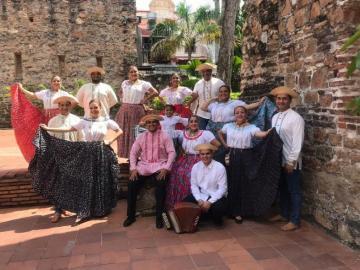 Panameños llevarán nuestro folclor a la República Checa