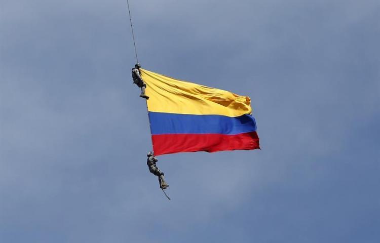 Corte de cuerda de la que colgaban provocó la muerte de militares en Colombia