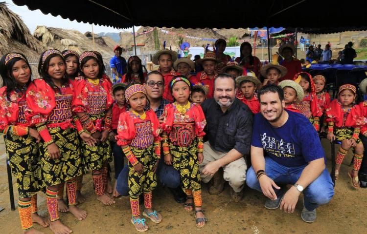 Destacan la cultura en la comarca Madungandí