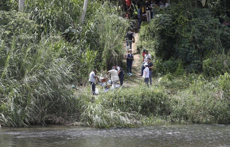 Encuentran cuerpos putrefactos de dos personas en el río Pacora