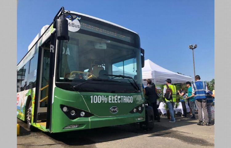 Incorporan bus eléctrico al sistema de transporte público