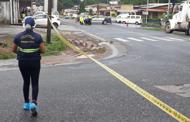 Menor muere atropellado en Calle Larga de La Chorrera