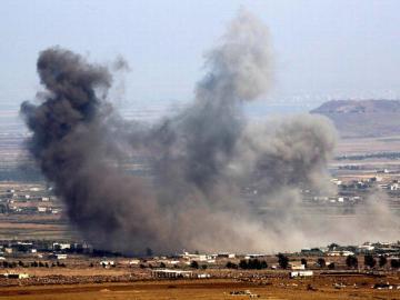 Al menos 15 muertos en bombardeo ruso contra desplazados en Siria