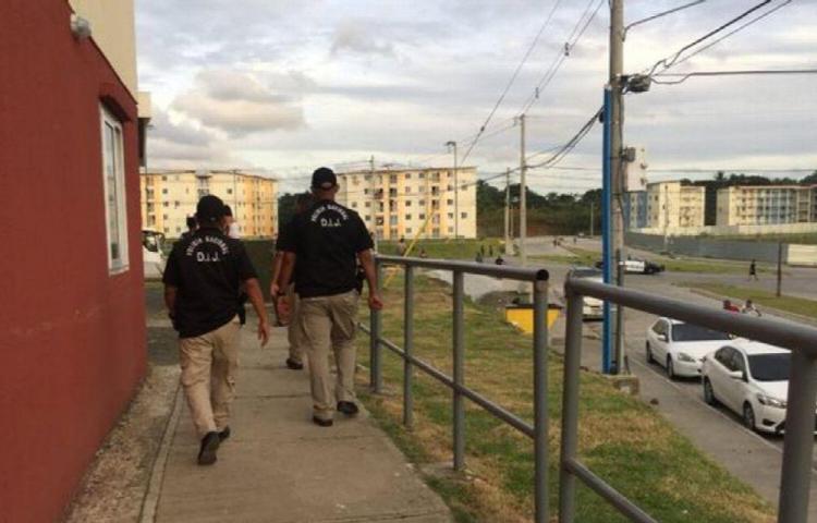 La ley del revólver impera en Altos de Los Lagos