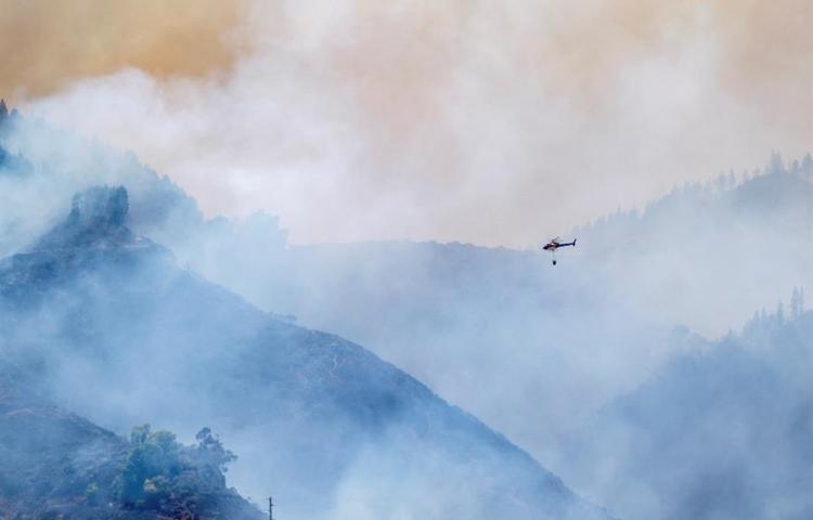 Un incendio quema 1.500 hectáreas y deja 4.000 evacuados en Canarias