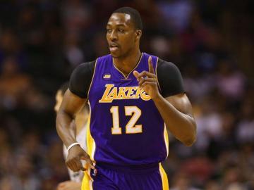 Lakers interesados en Howard