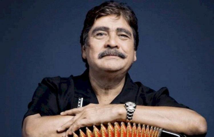Murió el músico Celso Piña tras un infarto