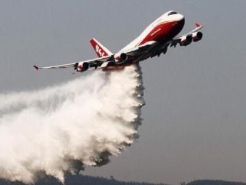Bolivia contrata avión SuperTanker para atacar incendios en el Amazonas