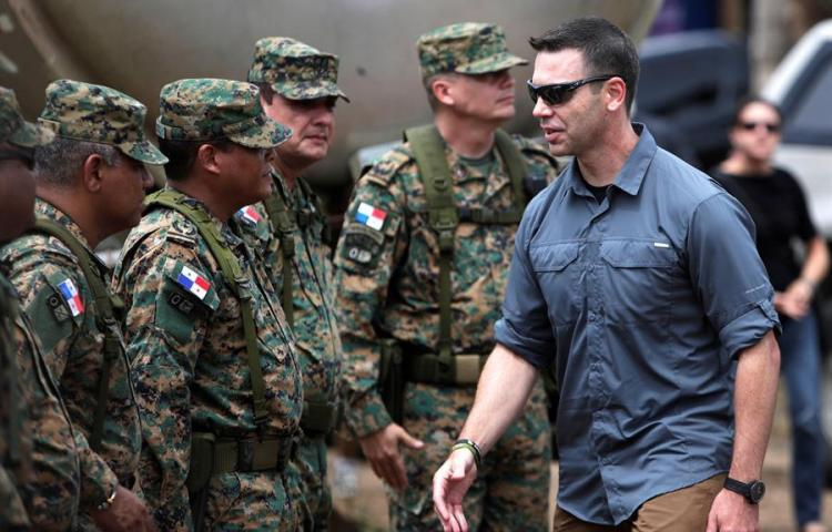 Secretario en funciones de Seguridad de EEUU visita frontera colombo-panameña
