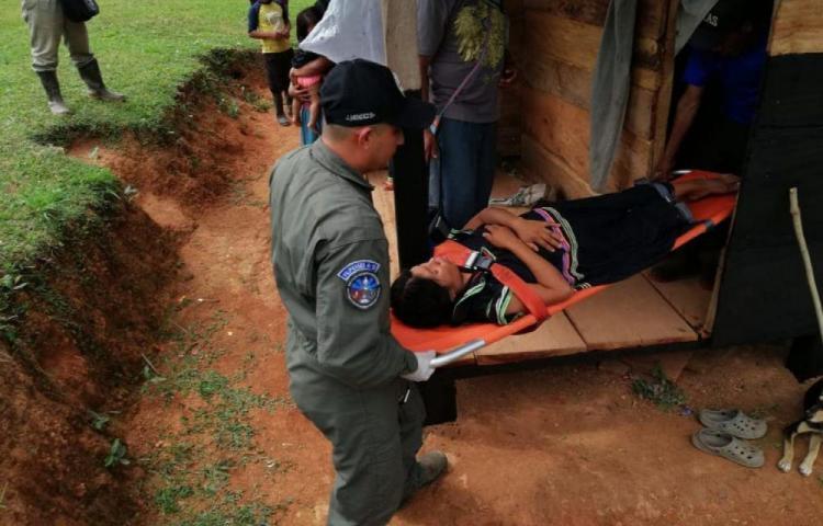Rescatan a mujer embarazada desde la comarca Ngäbe