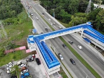 Los peatones podrán caminar más seguros tras la culminación del puente de la UTP