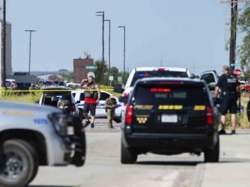 Tiroteo en Texas deja al menos 2 muertos y 20 heridos