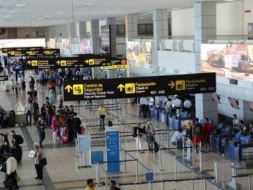 Industria de aviación pide retirar anteproyecto contra pasajeros