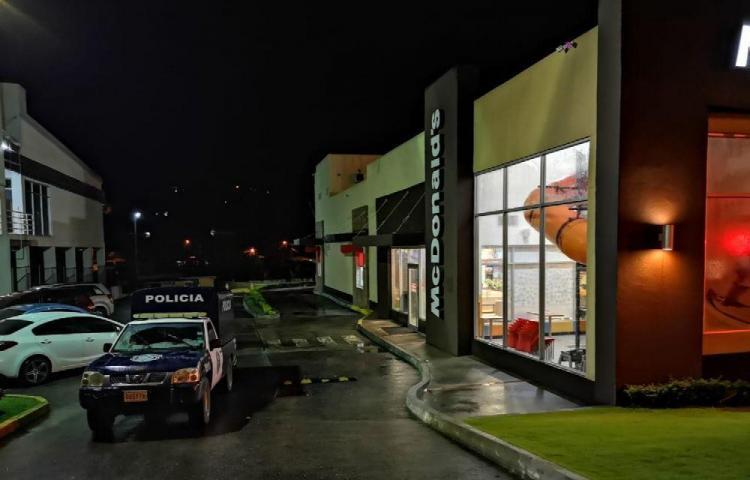 Roban en McDonald's de La Chorrera