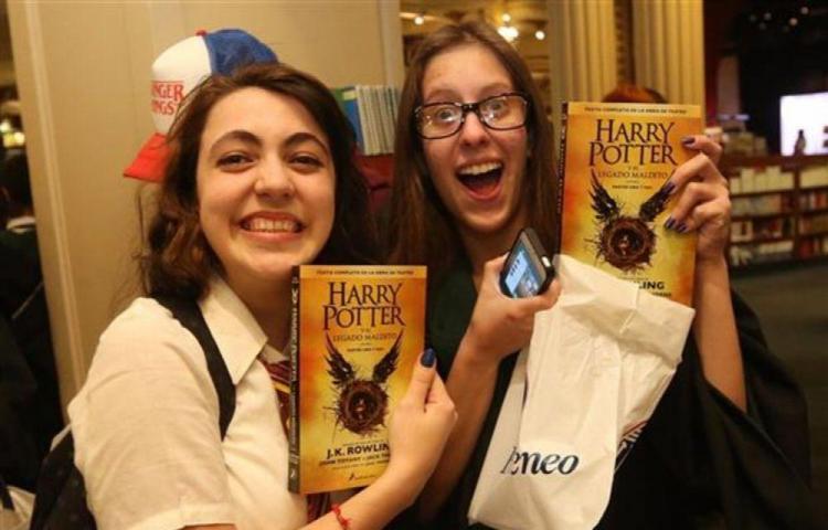 Prohíben libros de 'Harry Potter' en colegio de Estados Unidos
