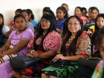 Mujeres indígenas se sienten olvidadas