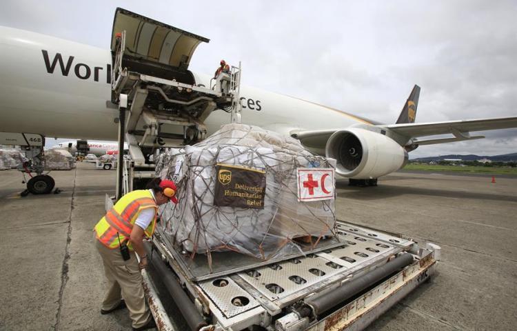 Cruz Roja envía avión con ayuda humanitaria a Bahamas desde Panamá