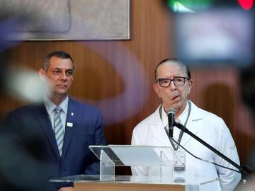 Bolsonaro fue operado con éxito y permanecerá hospitalizado 5 días