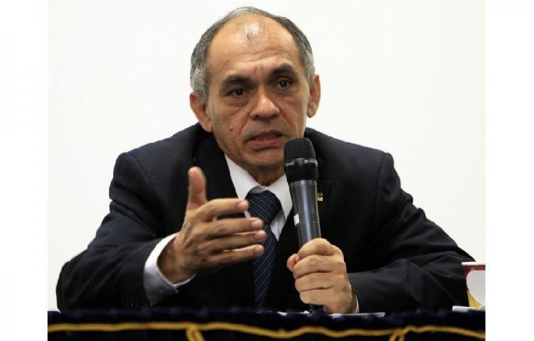 El periodista Rafael Candanedo ingresa en la Academia Panameña de la Lengua