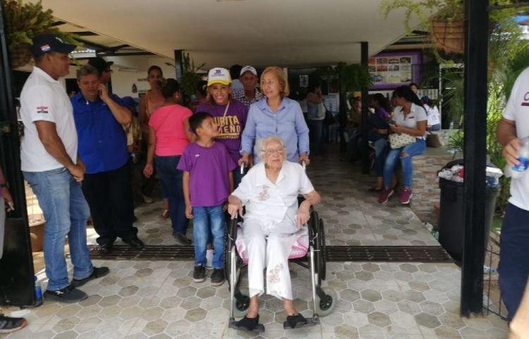 El TE reconoce a Clara por sus 113 años de edad