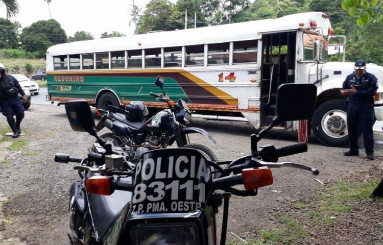 Asaltan bus de la rutaCapira - Panamá en La Pita