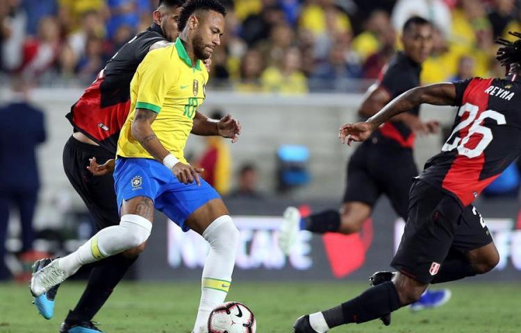 1-0. Perú, con gol de Abram, vence a Brasil y se venga de la Copa América