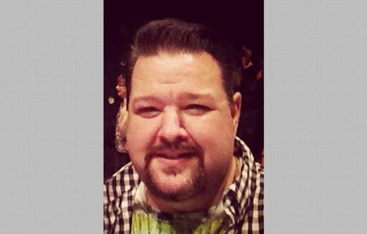 De un paro cardíaco muere Chris March, el diseñador de las estrellas