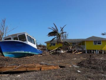 Estiman 2,500 desaparecidos por el huracán