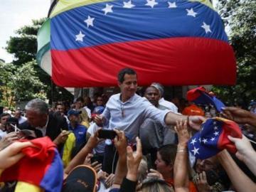 Guaidó pide a colombianos no hacerle el 'juego' a Maduro
