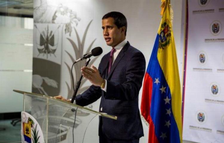 Guaidó propone un consejo de Gobierno para atajar la crisis