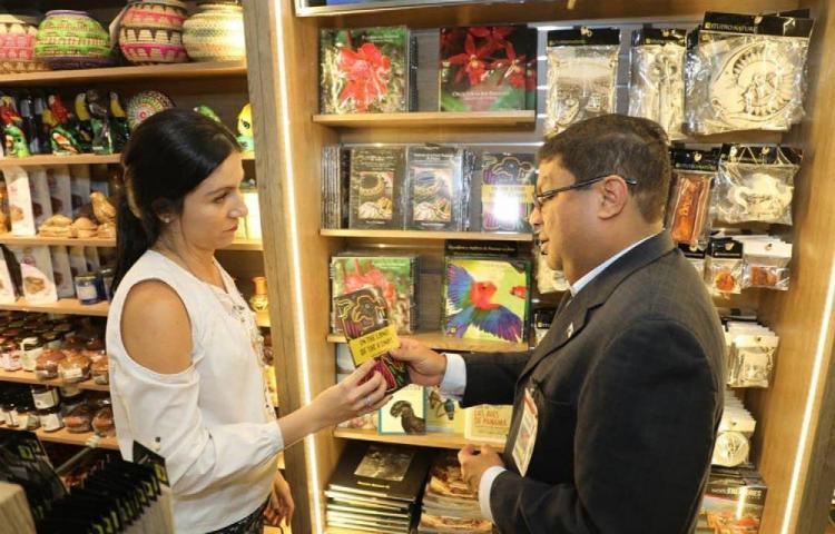 El aeropuerto de Tocumen tendrá biblioteca con obras de autores panameños