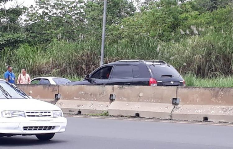 Balacera deja un muerto en la autopista Arraiján-La Chorrera