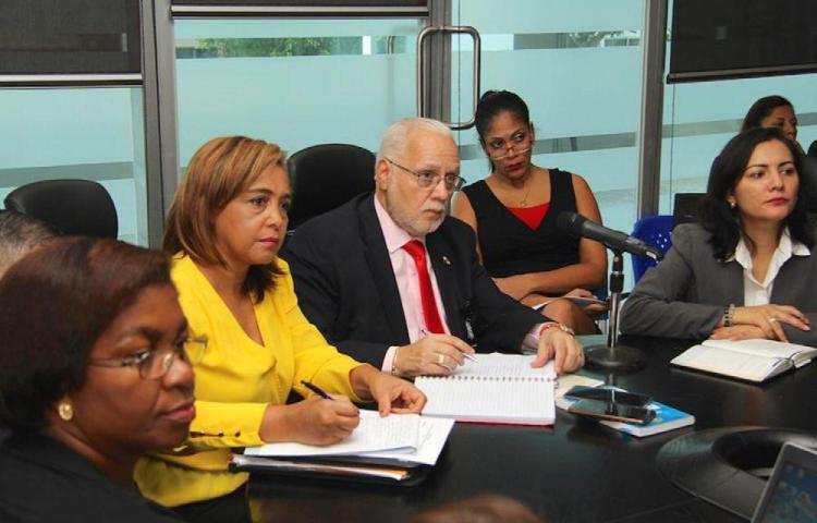 Comisión de la Mujer analiza tema de los jueces de paz